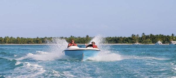 Snuba, Snorkel Et Speedboatt